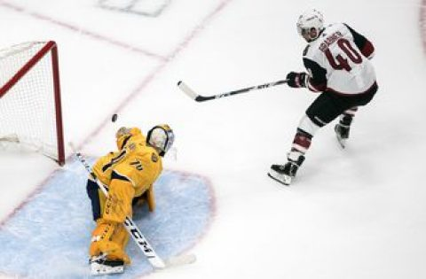 Coyotes start fast, hold off Predators 4-3 in Game 1