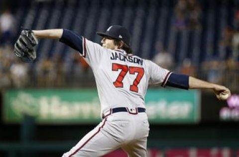 Braves focus on bullpen at deadline, trading for 3 relievers