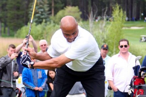 Barkley, Phil to face Steph, Peyton in golf match
