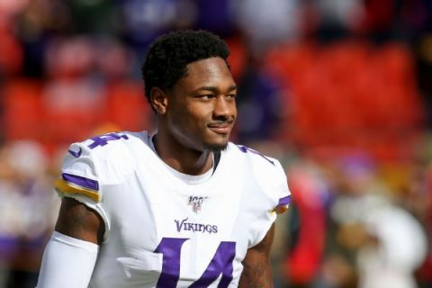Bills' Diggs denies he forced way out of Minny