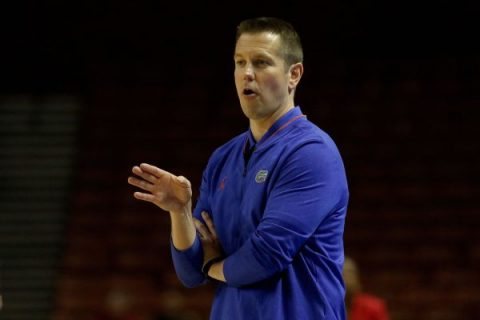 Ex-UF women's hoops coach accused of abuse