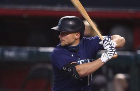 Kyle Seager hits two-run homer in the 8th, Mariners beat Athletics, 5-1