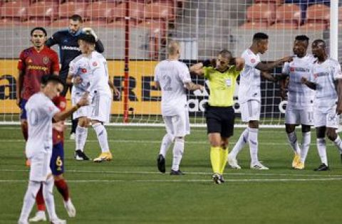 Bradley Wright-Phillips shines in LAFC's 3-1 win over Real Salt Lake